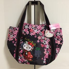 Hello Kitty Manufatto Japanese Kimono Sakura Black Balloon Bag  Kyoto Japan